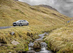 Jaguar I-PACE successfully completes 'Everest' on a single charge of its 90kWh battery
