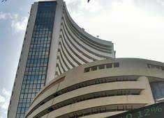 Sensex rises 300 points, Nifty at 15,840; IDBI Bank jumps 5%, BEL 3%
