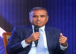 ET CEO Roundtable: Sunil Mittal calls on govt to become big enabler, save 'national assets'