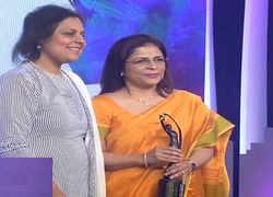 ETPWLA 2019: HDFC Life's Vibha Padalkar lifts 'Finance Leader of the Year' award