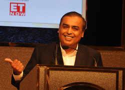 Mukesh Ambani keeps rising on the rich people rankings