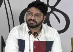 West Bengal: Babul Supriyo thanks Mamata, Abhishek Banerjee for giving him chance in 'playing 11'