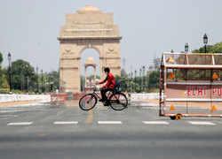Delhi swelters under intense heat wave
