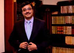 Royal Enfield CEO Vinod Dasari resigns, B Govindarajan take charge as executive director