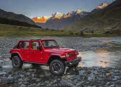 FCA launches Jeep Wrangler Rubicon. Check price, features & color options