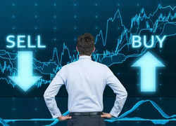 Buy or Sell: Stock ideas by experts for September 17, 2021