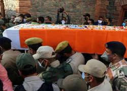 J&K Police officer shot dead by terrorists in Srinagar, thousands reach to bid farewell
