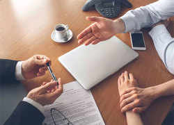Can a financial planner help you in the current covid crisis?