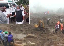 Watch: Kerala CM Vijayan arrives in Munnar to visit landslide site at Rajamala