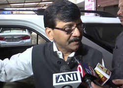 Home Ministry habitually taps phone of opposition, alleges Sanjay Raut