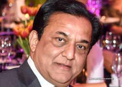 Yes Bank promoter Rana Kapoor, Morgan Credits and YES Capital sell remaining 0.8% stake