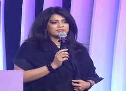 Star India's Gayatri Yadav awarded 'Brand and Marketing Leader of the Year' at ETPWLA 2019