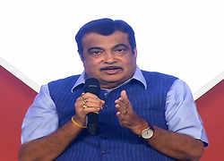 ET CEO Roundtable: Gadkari calls for better cooperation between banks, contractors, govt