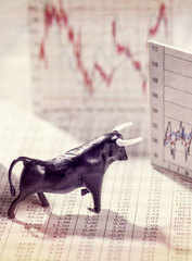 7 stocks most favoured by mutual funds over last one year