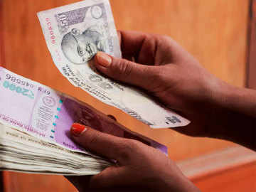 4 lakh tap on EPFO Covid-19 window
