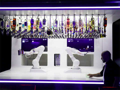 Robotic bartender serves up cocktails for Prague clubbers