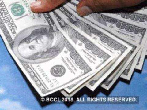 एक साल में पहली बार 400 अरब डॉलर से नीचे लुढ़का विदेशी मुद्रा भंडार
