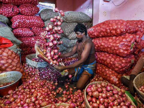 Export authority asked to pay Rs 54 lakh to onion trader for deficient service
