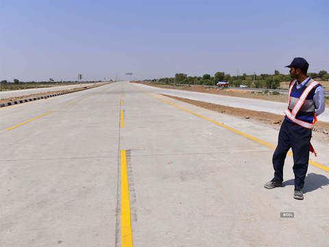 NHAI plans 5,000 km roads per year