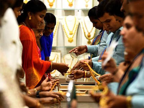 Leading retailers step up gold jewellery hallmarking ahead of deadline