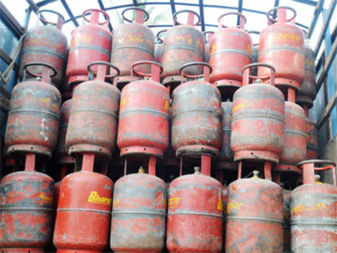 Price of non-subsidised LPG hiked by Rs 220 to Rs 1,241 per cylinder