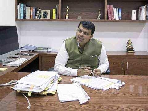 Devendra Fadnavis seeks Bharat Ratna for Jyotirao & Savitribai Phule