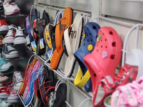 a3a95ee076cb61 footwear  India among top 6 markets for Crocs  CFO Carrie Teffner ...