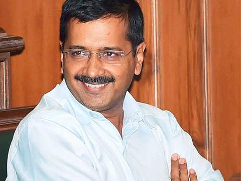 Dengue: Delhi CM Arvind Kejriwal visits 2 hospitals to check preparedness
