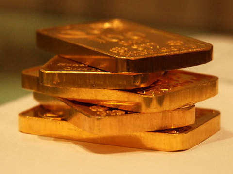 Gold set to benefit from sinking US interest rate expectations, says DBS Holdings