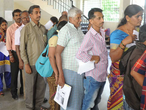 Submitting documents in government offices still a headache