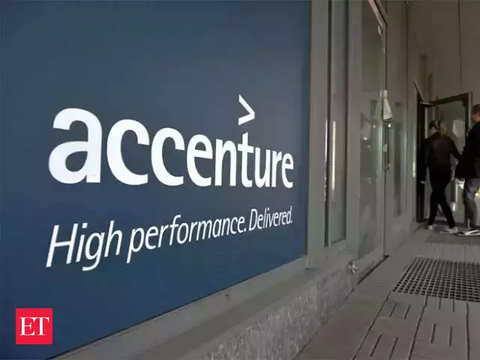 Accenture names Gene Renzik as chief strategy officer