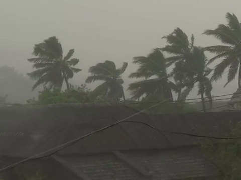 Cyclone Titli makes landfall at Odisha's Gopalpur