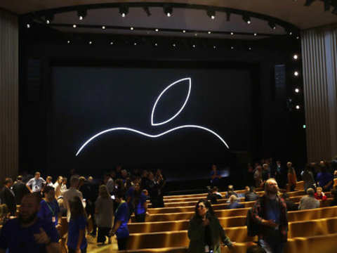 Broken calls, signal connectivity problems: Apple's iOS 12 continues