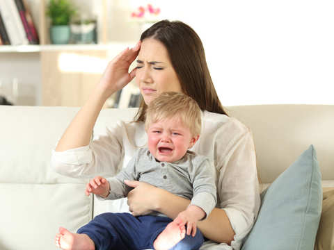Dealing with pain after childbirth? It may up risk of postpartum depression