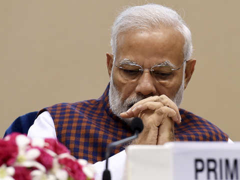 Low food prices a bane for Modi as India's budget goals threatened