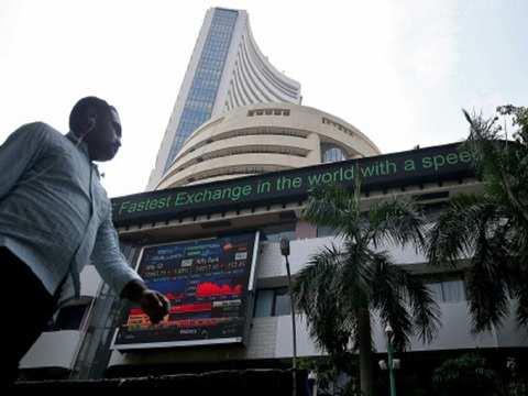 Sensex rises on cooling crude, rupee gain