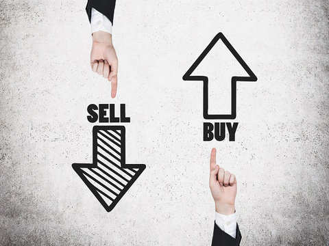 Sell Bajaj Finance, target Rs 1950: Manas Jaiswal