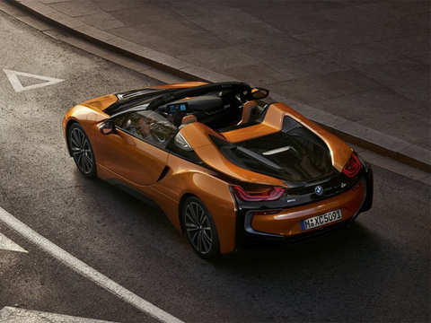BMW's new $163,300 extremely drivable i8 Roadster will get you a whole lot of positive attention