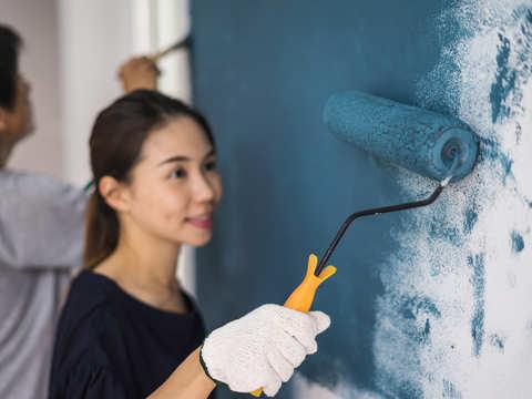 Asian Paints drops 6% on tepid September quarter earnings