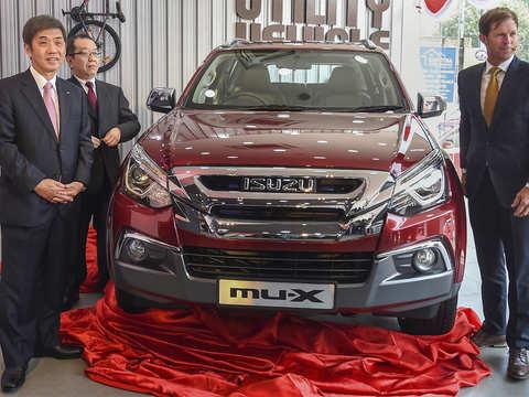 ISUZU eyes D-MAX, mu-X to boost export volume