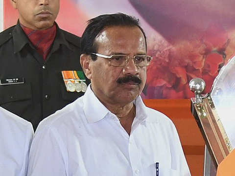 Sadananda Gowda takes charge of chemicals and fertilisers ministry