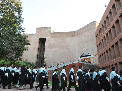 Govt decides to stop funding to newer IIMs