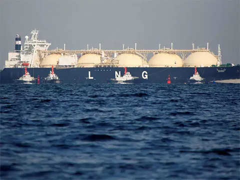 Niti Aayog-led panel mulls free-market pricing for all local natural gas