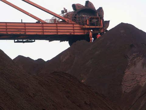 Steel companies import more Ore despite big pileup in Karnataka