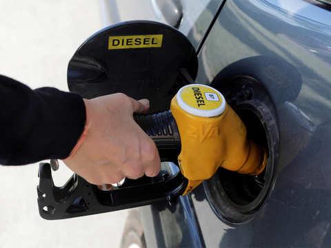 Oil PSUs to add 4,500 petrol pumps across Gujarat