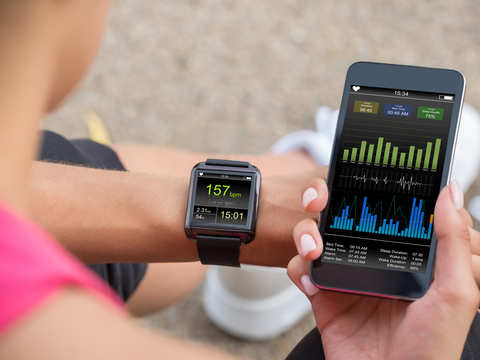 Want to stick to a work-out routine? Fitness apps may do the trick