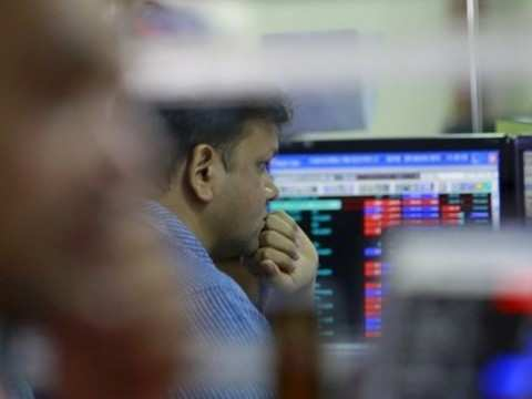 Stocks take poll results, Urjit exit in stride, Sensex ends in green