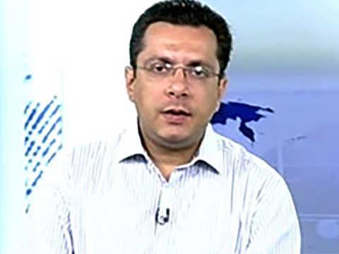 Correction is not over yet as weak rupee leads to weaker markets: Vivek Mavani