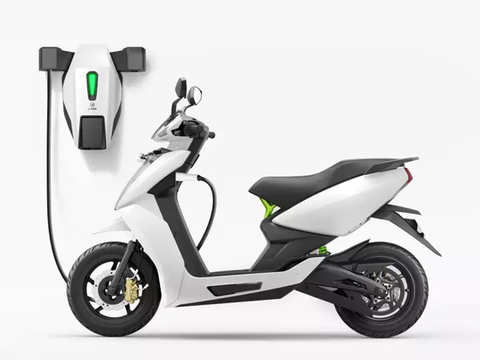 Teens may get licence to ride e-scooters