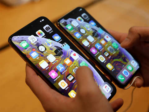 Qualcomm to file suits in Chinese courts to ban sales of iPhone XS and XR: Financial Times